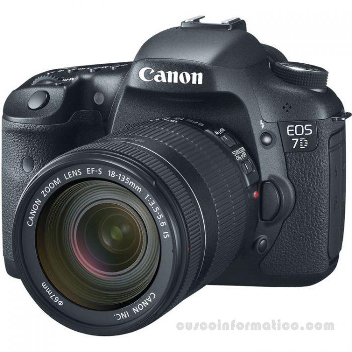 canon-eos-rebel-7d-18-135